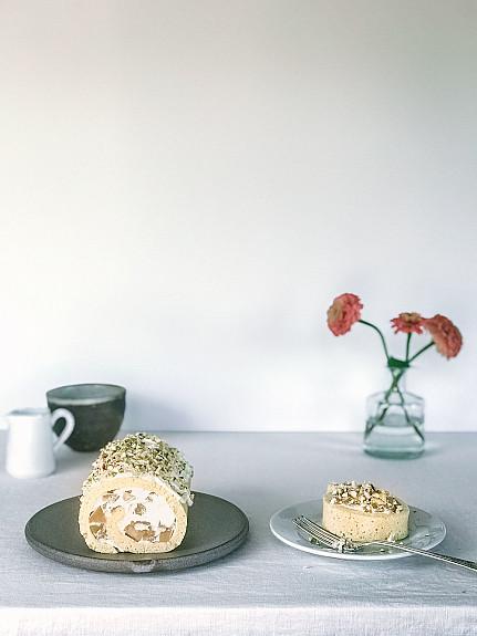Japanese-Style Apple and Honey Roll Cake for Rosh Hashanah