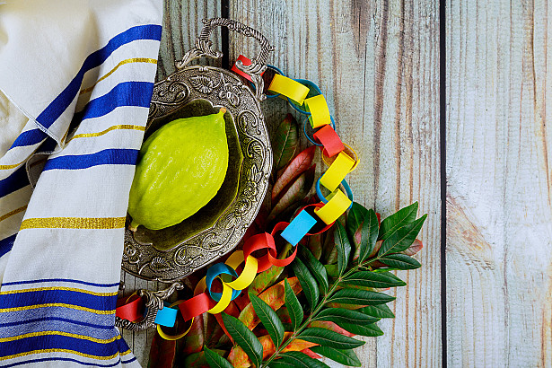 Blessings for Dwelling in the Sukkah